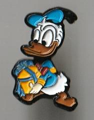 Anstecker Donald Duck mit Geschenk