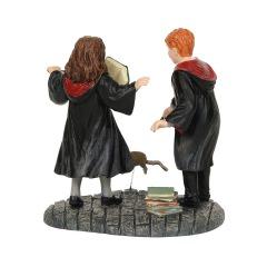 Ron und Hermine: Wingardium Leviosa! (DEPARTMENT 56) Figur