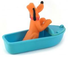 Pluto im Sportboot Kleinfigur