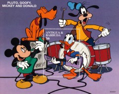 Briefmarkenblock Disney Pluto, Goofy, Micky and Donald Musikgruppe / Antigua & Barbuda 1997